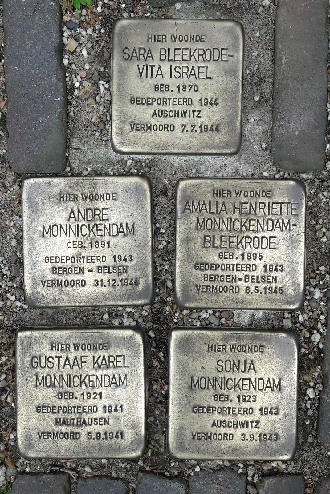 Stolpersteine in Amsterdam©Oberschule Marklohe